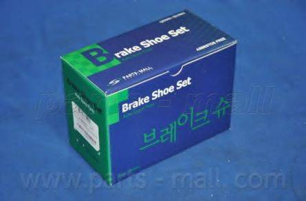 Комплект тормозных колодок PARTS-MALL PLB-017